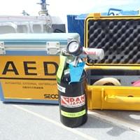 ファーストエイドキット、酸素供給機材、AED